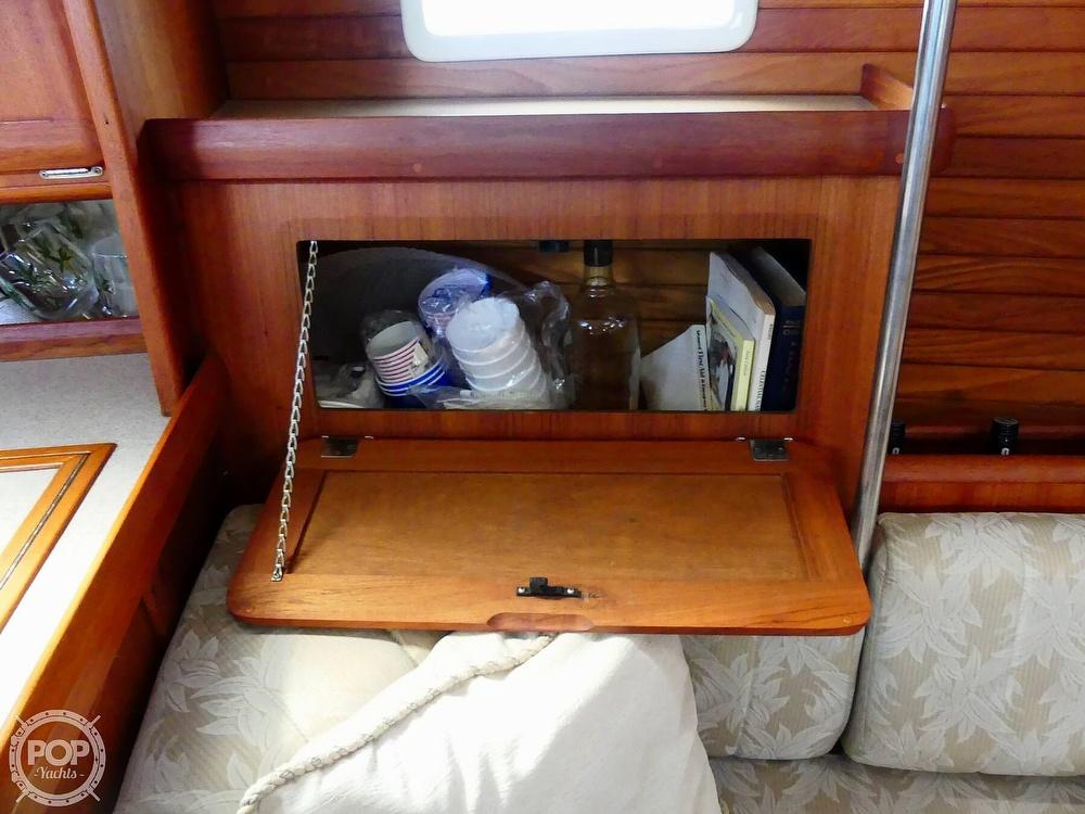 1992 Hunter boat for sale, model of the boat is Legend 37.5 & Image # 31 of 40