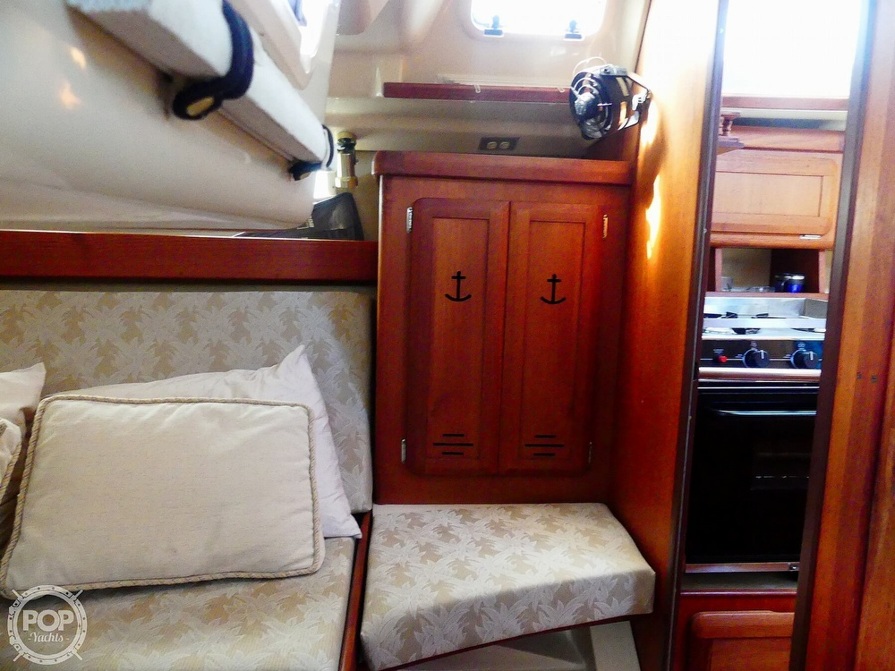 1992 Hunter boat for sale, model of the boat is Legend 37.5 & Image # 19 of 40
