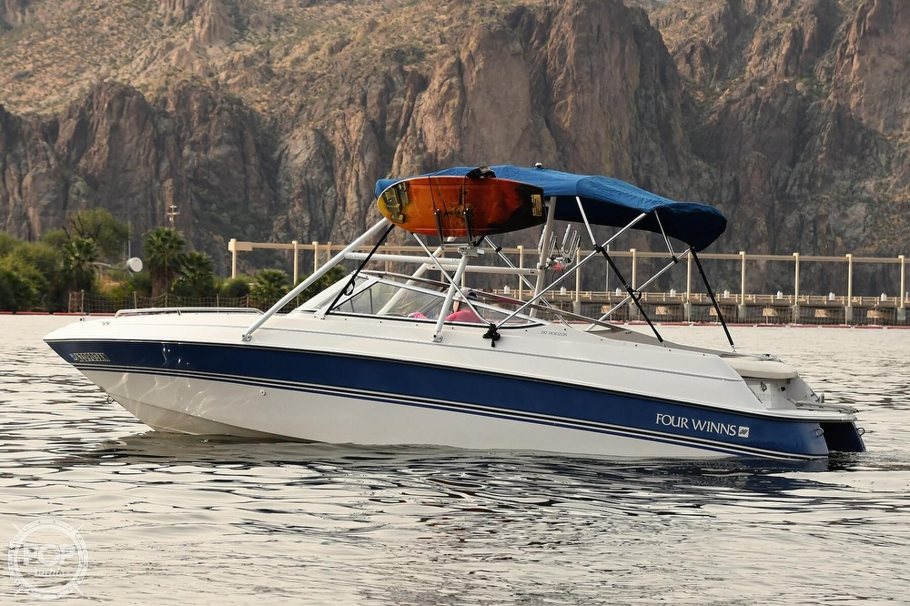 1993 Four Winns boat for sale, model of the boat is Horizon 210 & Image # 4 of 40