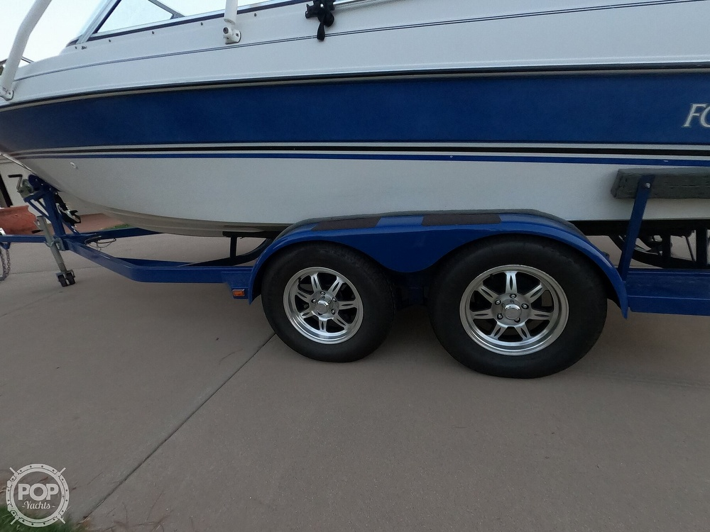 1993 Four Winns boat for sale, model of the boat is Horizon 210 & Image # 9 of 40