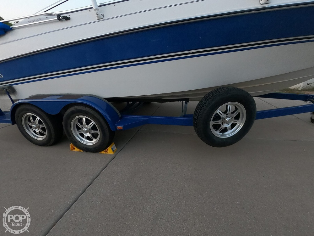 1993 Four Winns boat for sale, model of the boat is Horizon 210 & Image # 10 of 40