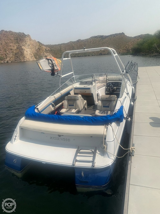 1993 Four Winns boat for sale, model of the boat is Horizon 210 & Image # 11 of 40