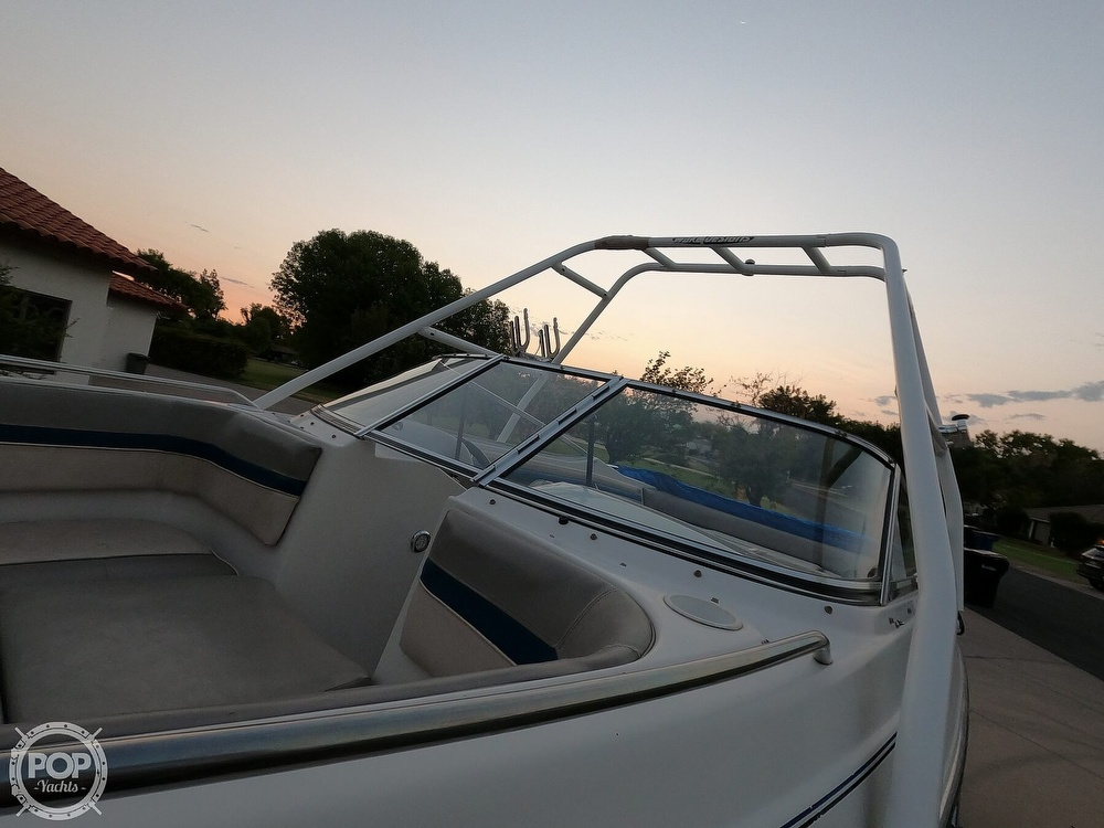 1993 Four Winns boat for sale, model of the boat is Horizon 210 & Image # 13 of 40