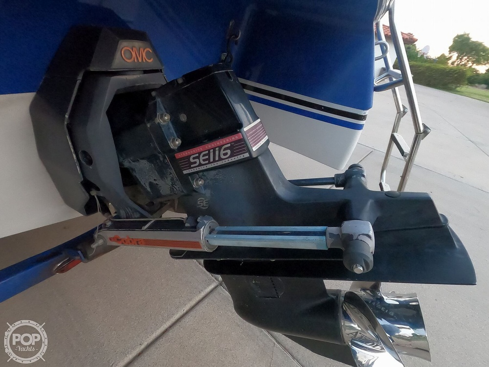 1993 Four Winns boat for sale, model of the boat is Horizon 210 & Image # 19 of 40