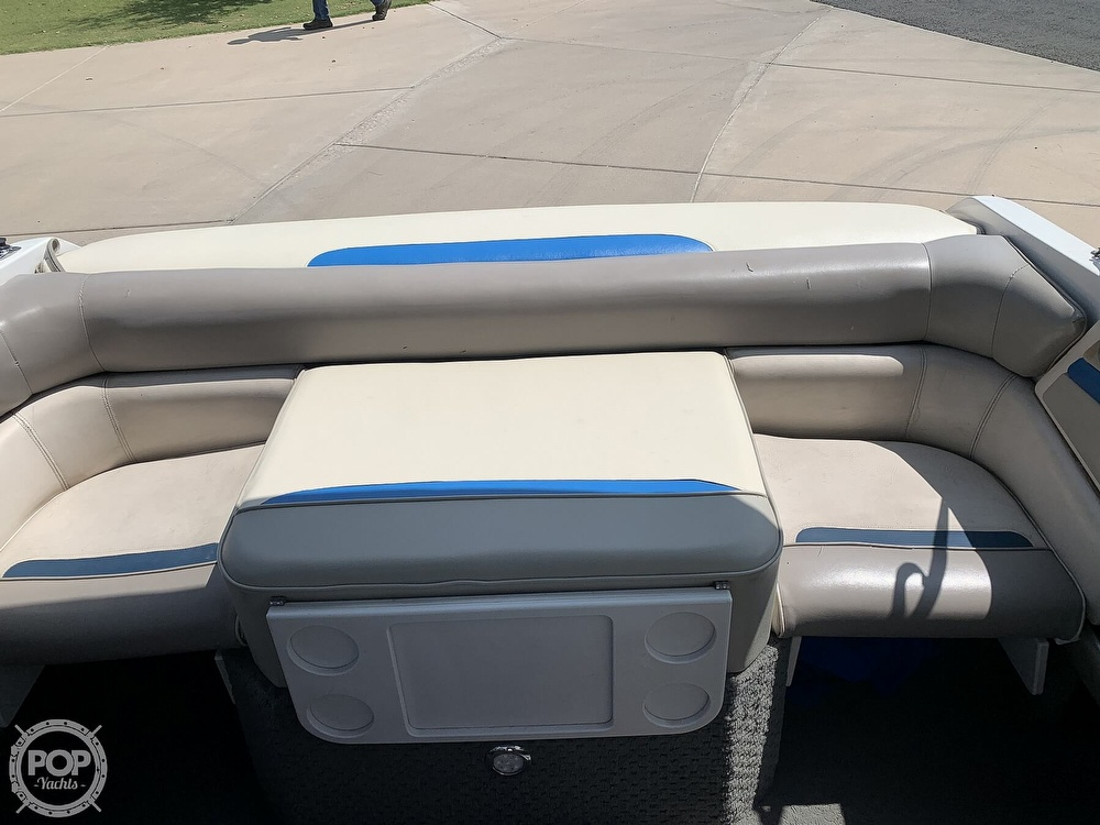 1993 Four Winns boat for sale, model of the boat is Horizon 210 & Image # 36 of 40