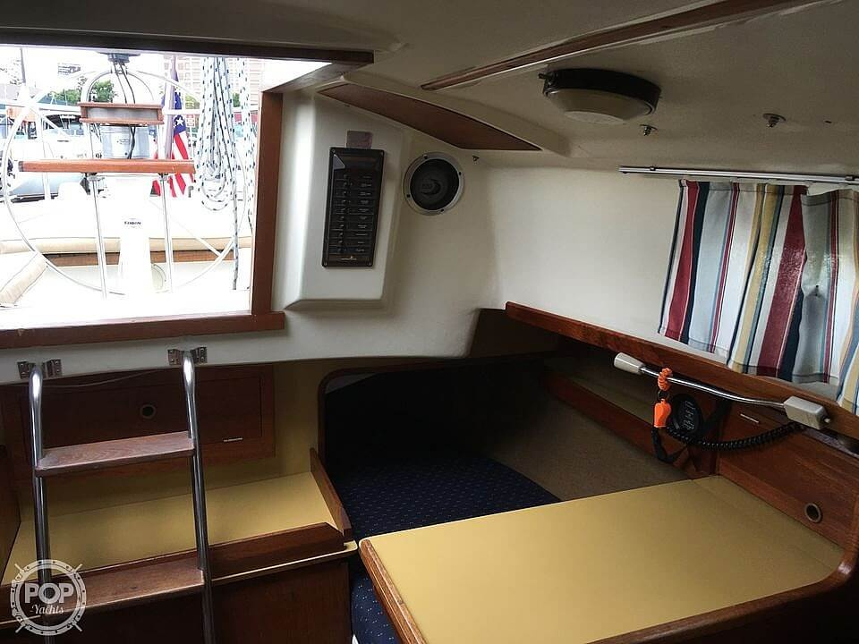 1978 Pearson boat for sale, model of the boat is 31 & Image # 22 of 40
