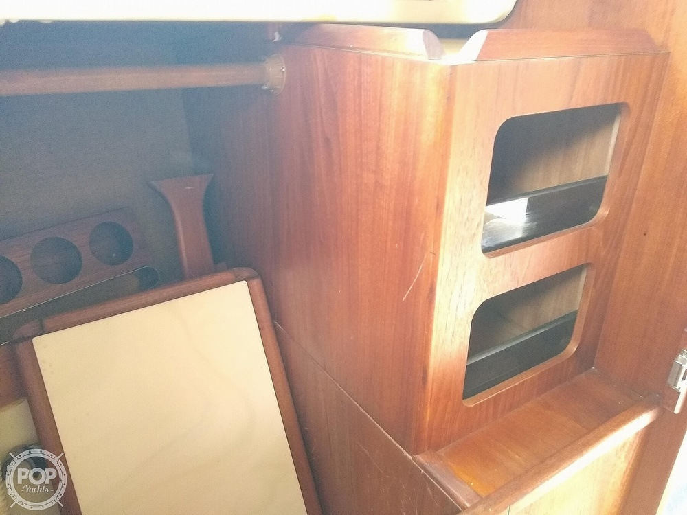 1978 Pearson boat for sale, model of the boat is 31 & Image # 33 of 40