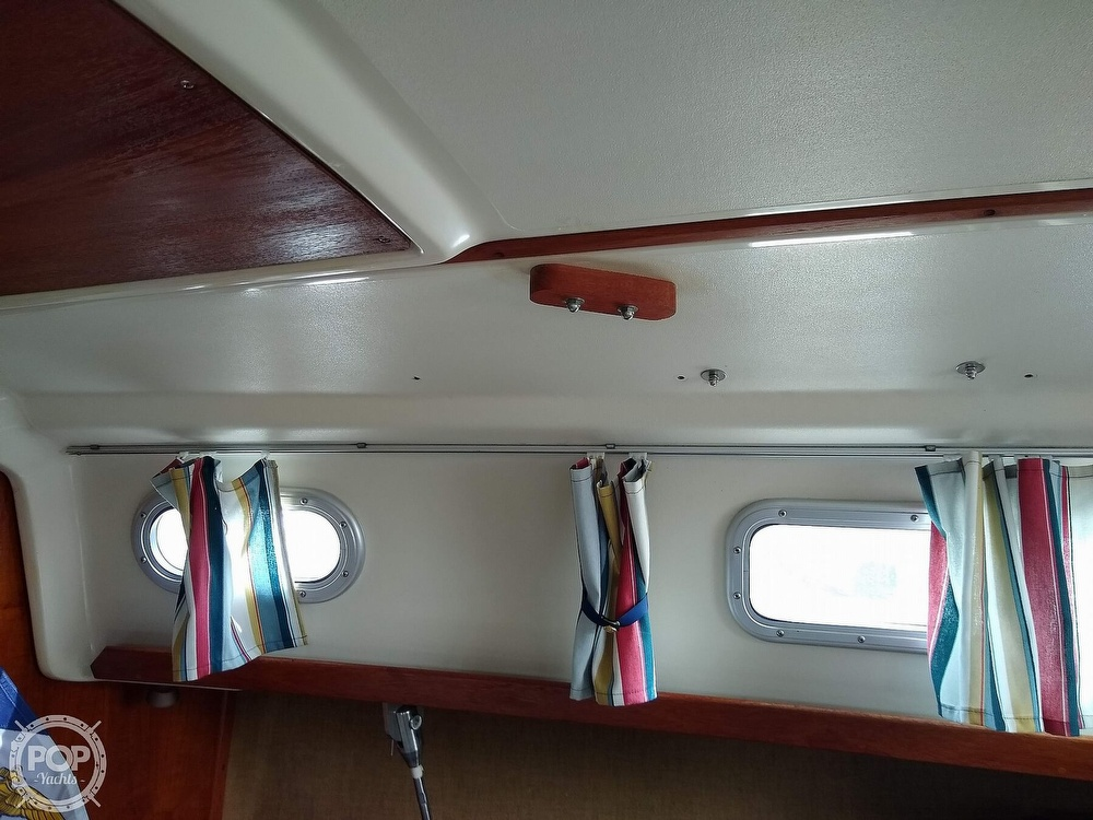1978 Pearson boat for sale, model of the boat is 31 & Image # 29 of 40