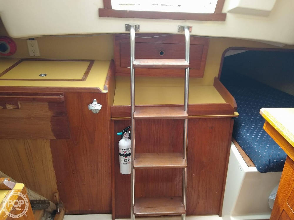 1978 Pearson boat for sale, model of the boat is 31 & Image # 21 of 40