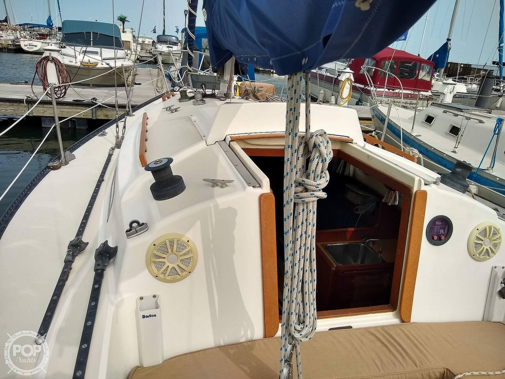 1978 Pearson boat for sale, model of the boat is 31 & Image # 4 of 40