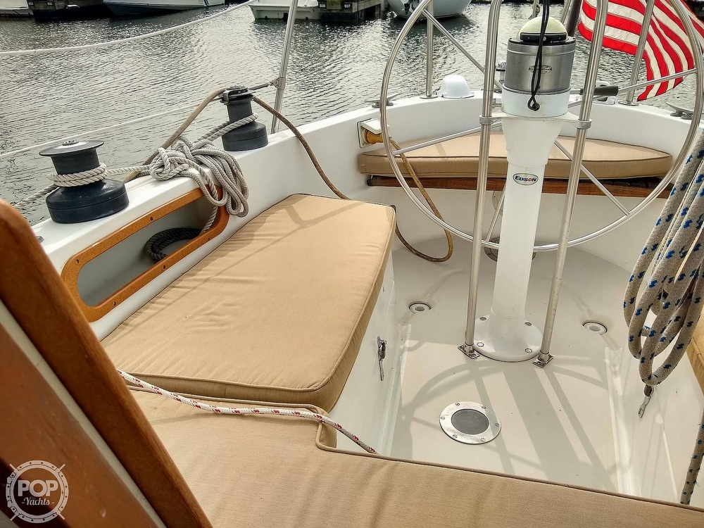 1978 Pearson boat for sale, model of the boat is 31 & Image # 5 of 40