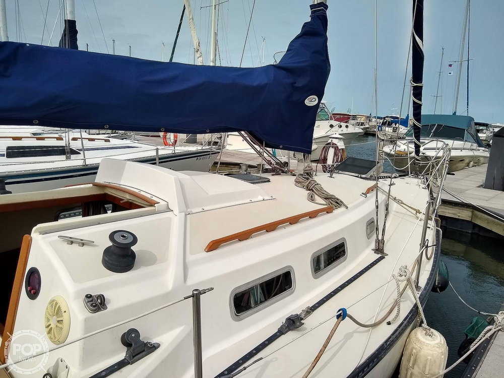 1978 Pearson boat for sale, model of the boat is 31 & Image # 17 of 40
