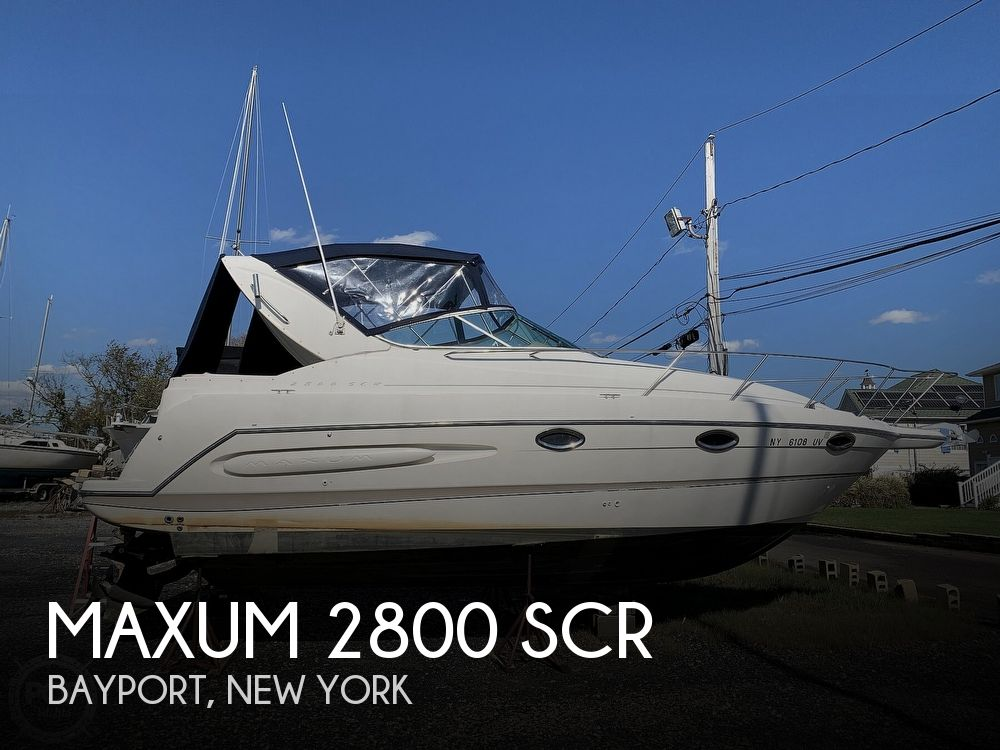 2000 Maxum boat for sale, model of the boat is 2800 SCR & Image # 1 of 40