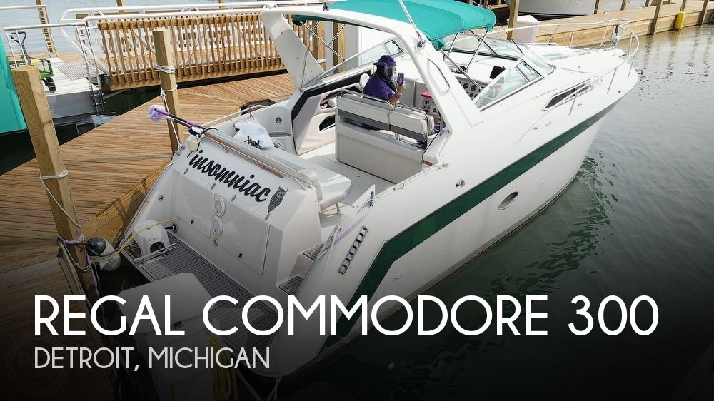 1993 Regal boat for sale, model of the boat is Commodore 300 & Image # 1 of 40