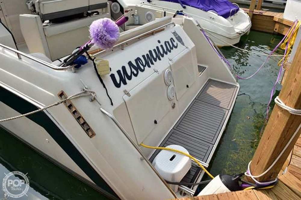 1993 Regal boat for sale, model of the boat is Commodore 300 & Image # 10 of 40