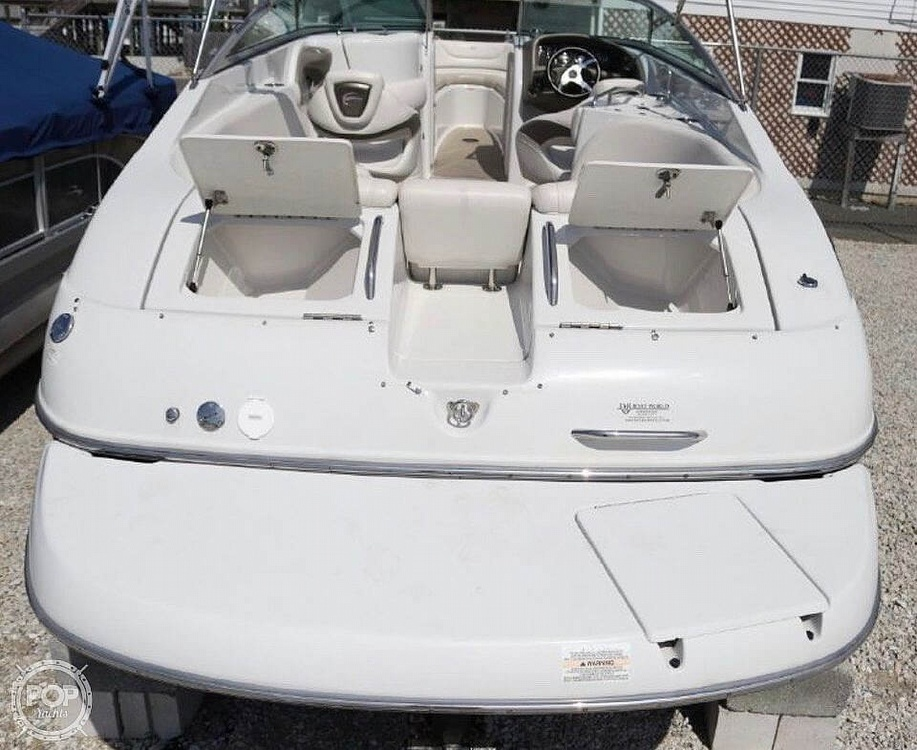 2005 Crownline boat for sale, model of the boat is 270 BR & Image # 5 of 13
