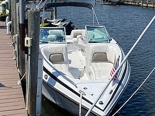 2005 Crownline boat for sale, model of the boat is 270 BR & Image # 8 of 13
