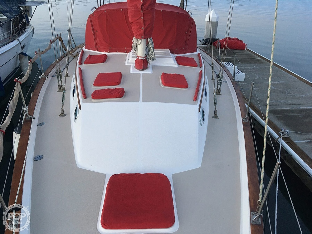 1988 Morgan boat for sale, model of the boat is 44 Catalina Center Cockpit & Image # 15 of 40