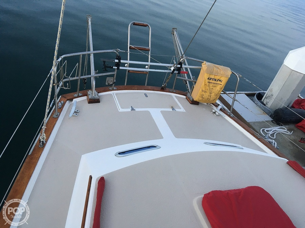 1988 Morgan boat for sale, model of the boat is 44 Catalina Center Cockpit & Image # 18 of 40