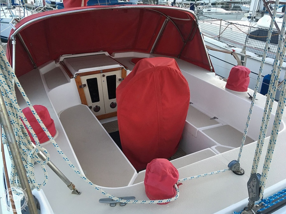 1988 Morgan boat for sale, model of the boat is 44 Catalina Center Cockpit & Image # 4 of 40