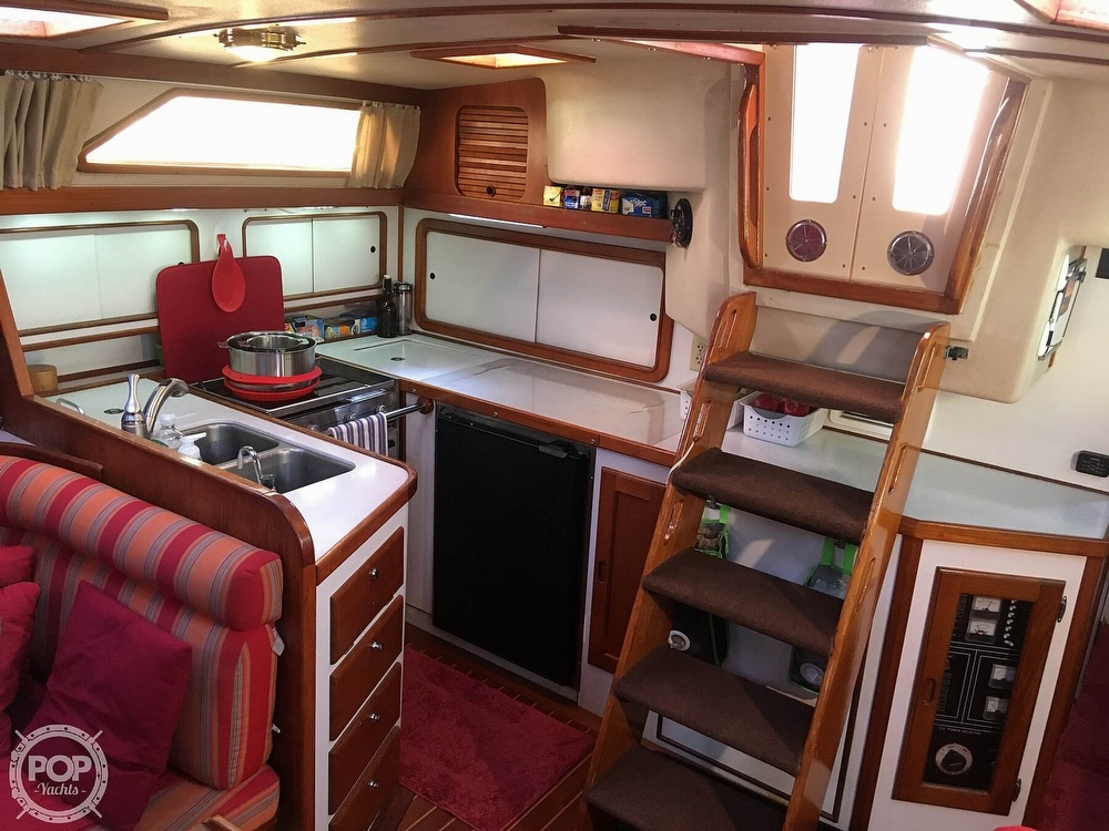 1988 Morgan boat for sale, model of the boat is 44 Catalina Center Cockpit & Image # 14 of 40