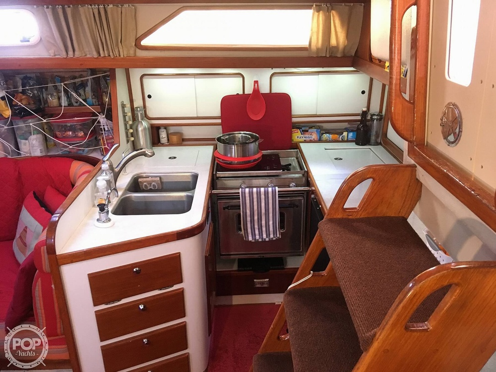 1988 Morgan boat for sale, model of the boat is 44 Catalina Center Cockpit & Image # 13 of 40