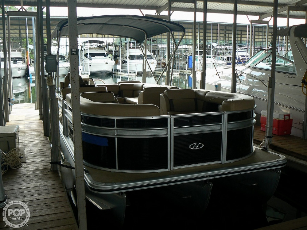 2018 Harris boat for sale, model of the boat is Cruiser 240 Hydro-Therapy & Image # 13 of 40