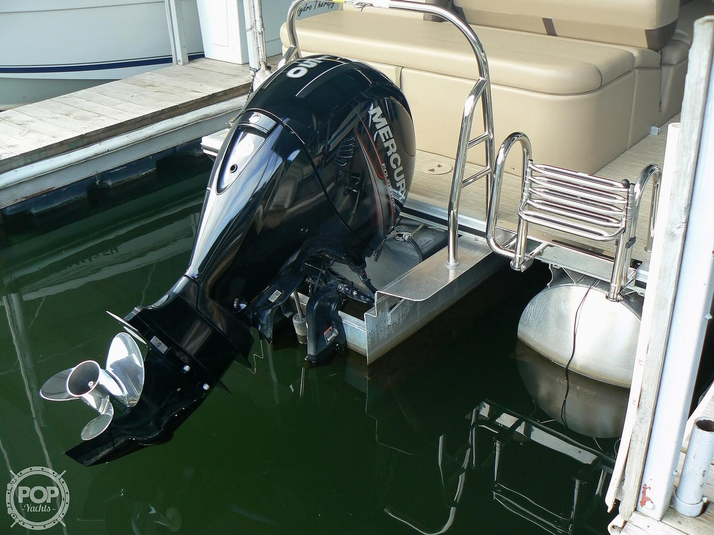 2018 Harris boat for sale, model of the boat is Cruiser 240 Hydro-Therapy & Image # 16 of 40