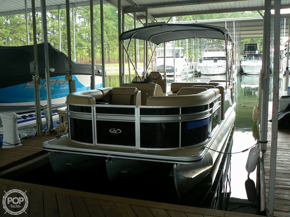 2018 Harris boat for sale, model of the boat is Cruiser 240 Hydro-Therapy & Image # 33 of 40