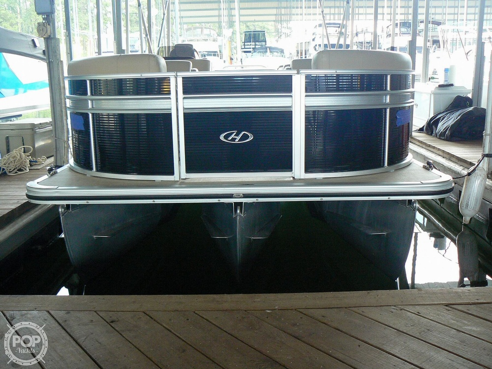 2018 Harris boat for sale, model of the boat is Cruiser 240 Hydro-Therapy & Image # 34 of 40
