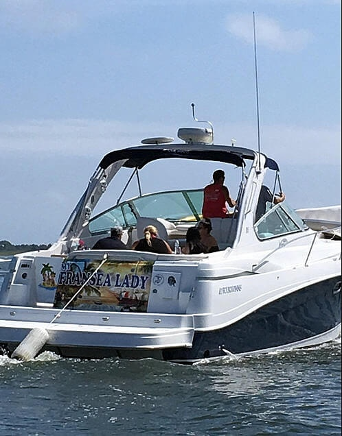 2004 Four Winns boat for sale, model of the boat is 378 Vista & Image # 3 of 40