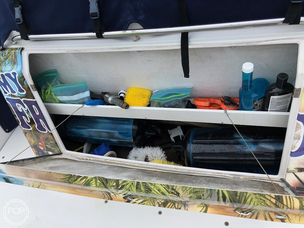 2004 Four Winns boat for sale, model of the boat is 378 Vista & Image # 34 of 40
