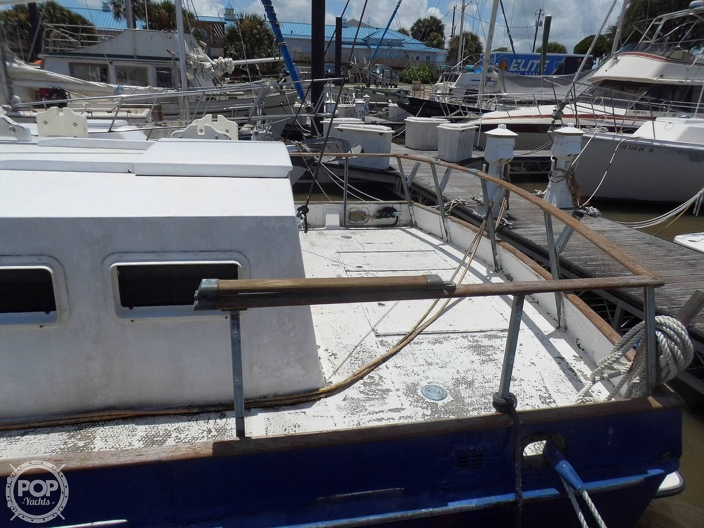 1970 Grand Banks boat for sale, model of the boat is 36 Classic & Image # 25 of 40