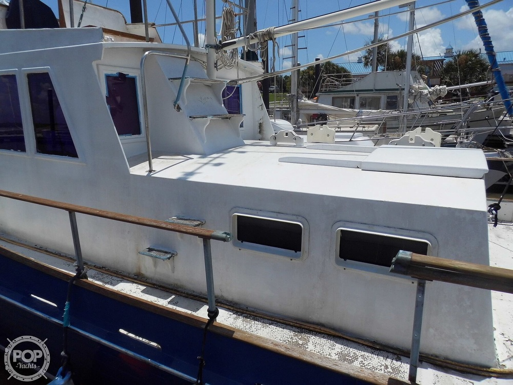 1970 Grand Banks boat for sale, model of the boat is 36 Classic & Image # 26 of 40