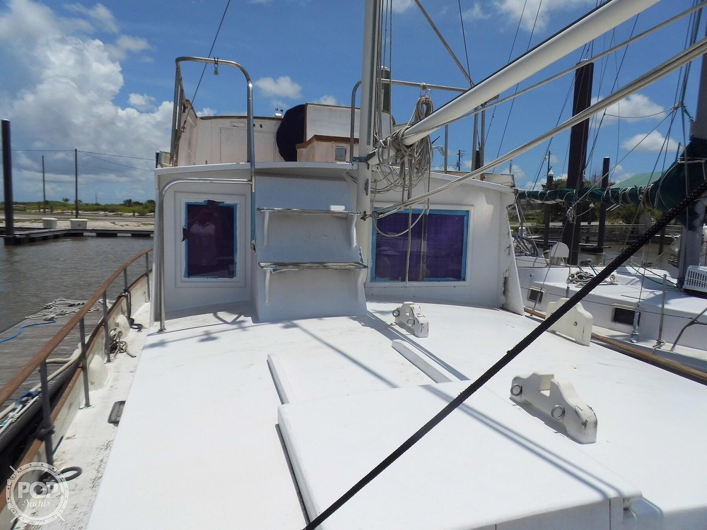 1970 Grand Banks boat for sale, model of the boat is 36 Classic & Image # 32 of 40