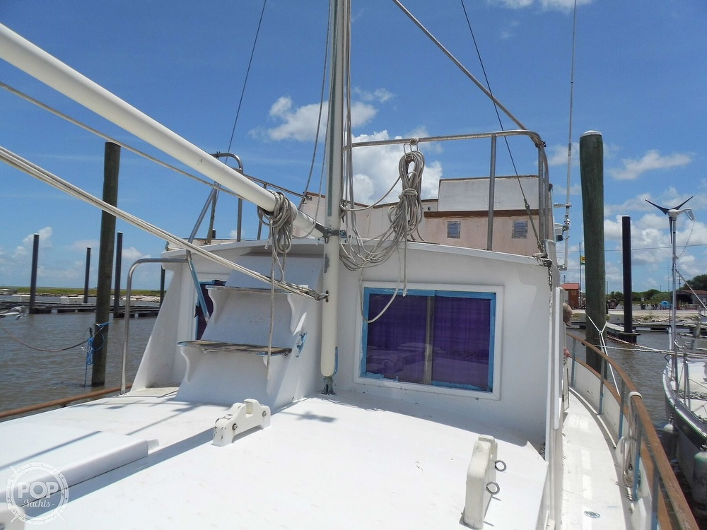 1970 Grand Banks boat for sale, model of the boat is 36 Classic & Image # 39 of 40