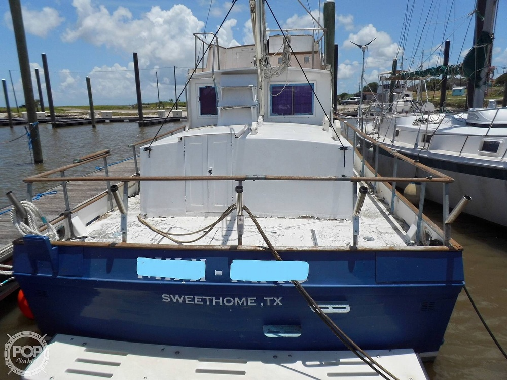 1970 Grand Banks boat for sale, model of the boat is 36 Classic & Image # 5 of 40