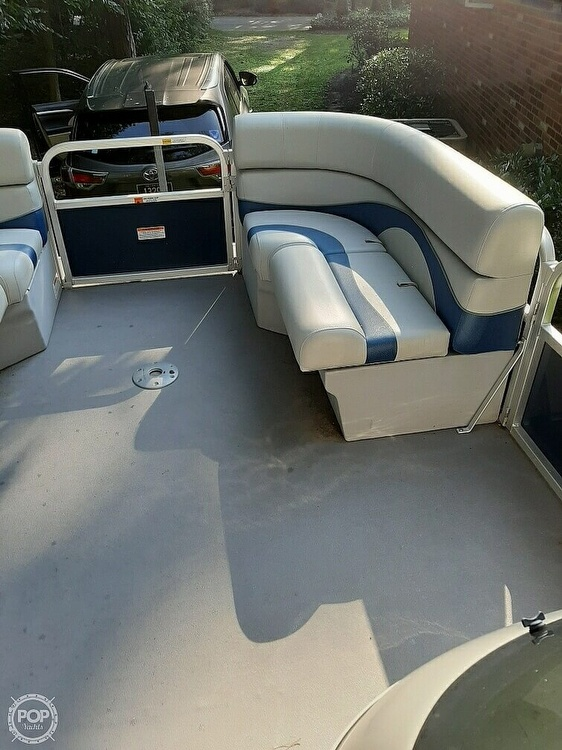 2012 G3 Boats boat for sale, model of the boat is Suncatcher 208 LV Cruise & Image # 14 of 22