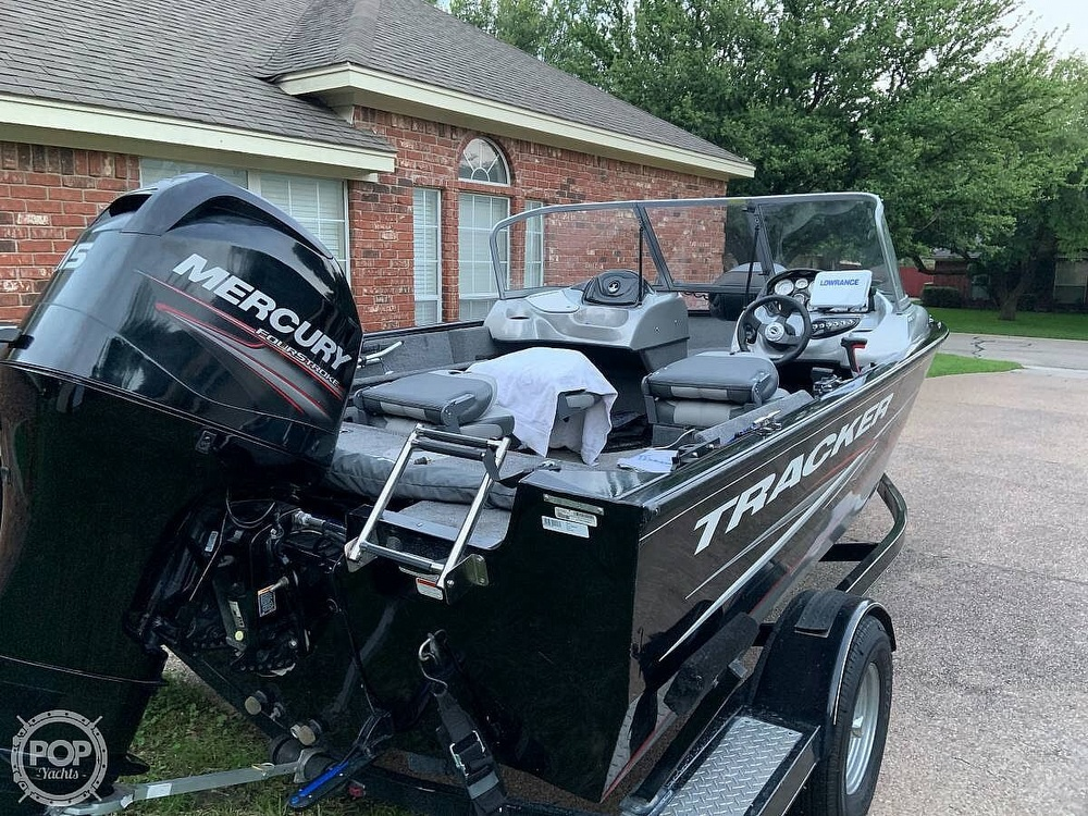 2014 Tracker Boats boat for sale, model of the boat is Pro V Guide 175 Wt & Image # 4 of 7