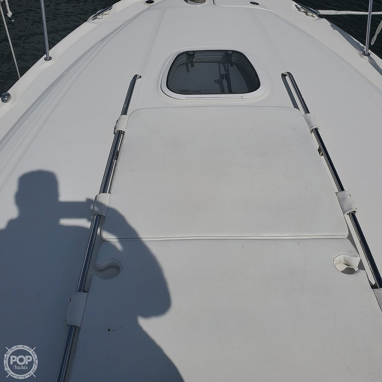 2005 Sea Ray boat for sale, model of the boat is 340 Sundancer Sportsman & Image # 38 of 40