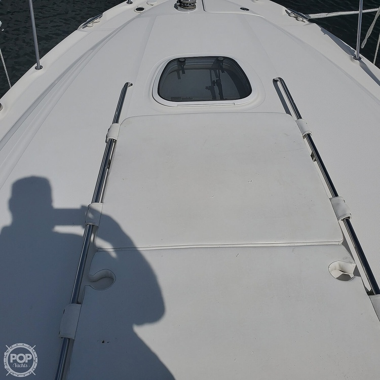 2005 Sea Ray boat for sale, model of the boat is 340 Sundancer Sportsman & Image # 39 of 40