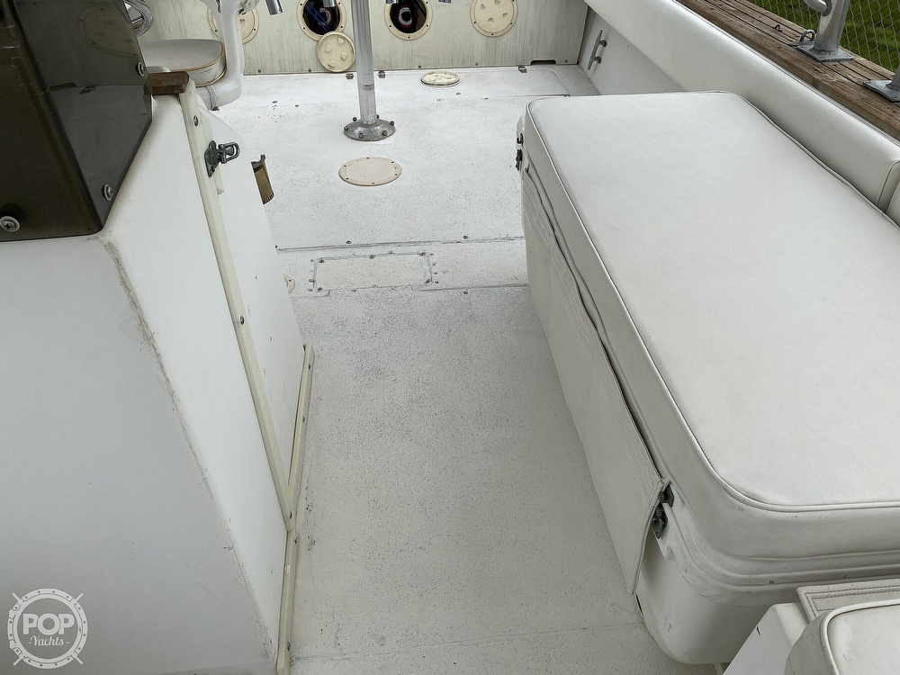 1983 Blackfin boat for sale, model of the boat is 33 Sportfish & Image # 10 of 40