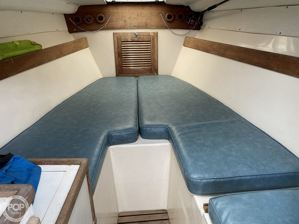 1983 Blackfin boat for sale, model of the boat is 33 Sportfish & Image # 16 of 40