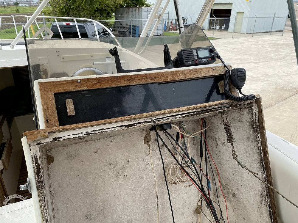 1983 Blackfin boat for sale, model of the boat is 33 Sportfish & Image # 39 of 40