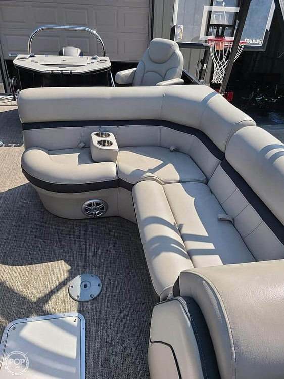 2019 Berkshire Pontoons boat for sale, model of the boat is 24 rfc & Image # 4 of 22