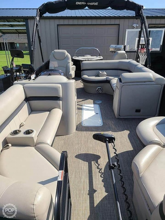 2019 Berkshire Pontoons boat for sale, model of the boat is 24 rfc & Image # 15 of 22