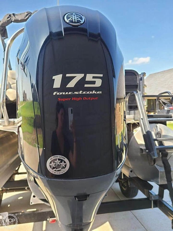 2019 Berkshire Pontoons boat for sale, model of the boat is 24 rfc & Image # 19 of 22
