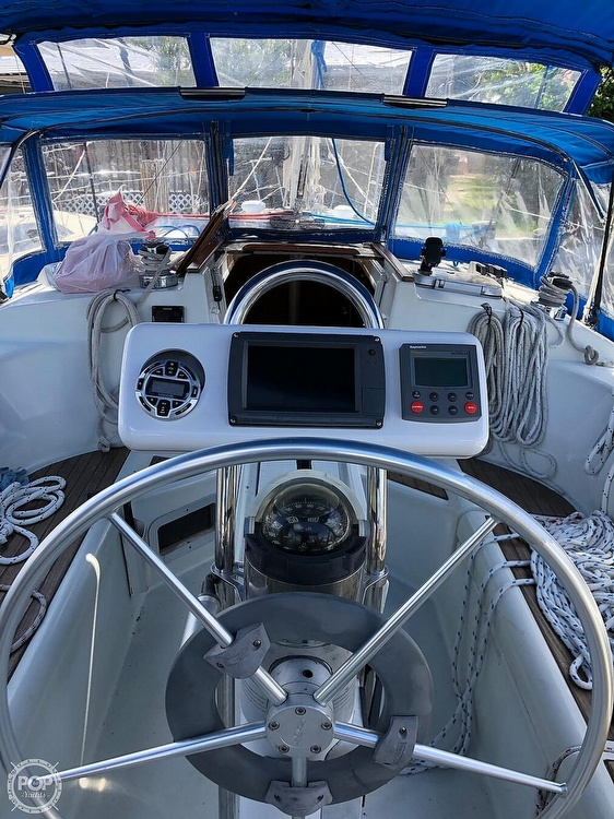 1991 Beneteau boat for sale, model of the boat is 38 M & Image # 35 of 40
