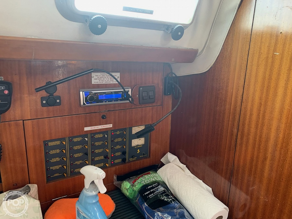 1991 Beneteau boat for sale, model of the boat is 38 M & Image # 17 of 40