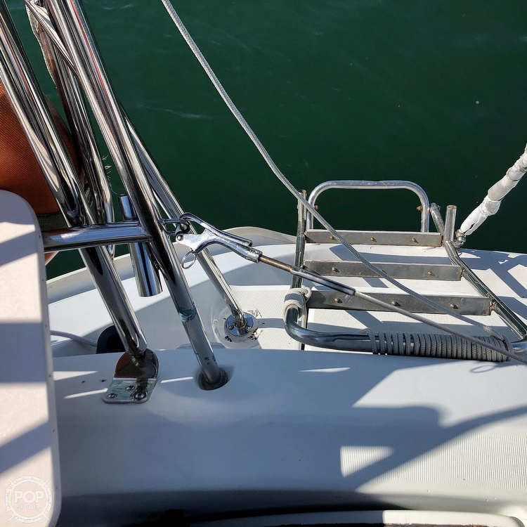 1991 Beneteau boat for sale, model of the boat is 38 M & Image # 28 of 40